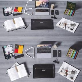 现代苹果电脑手机台灯办公用品组合3D模型【ID:346263018】