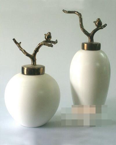 白色陶艺罐子3D模型【ID:717470369】