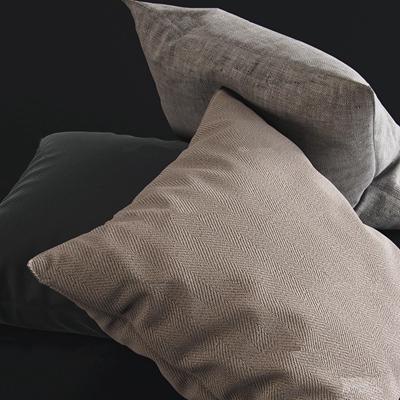 现代布艺抱枕3D模型【ID:76980265】