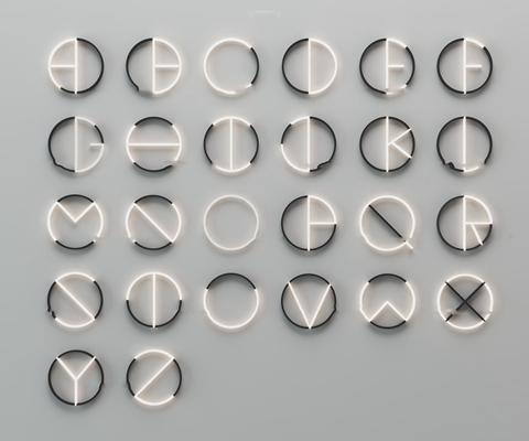 �F代英文字母�b���Θ���M合3D模型【ID:97015488】