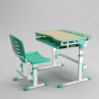 现代儿童桌椅组合3D模型【ID:946581365】
