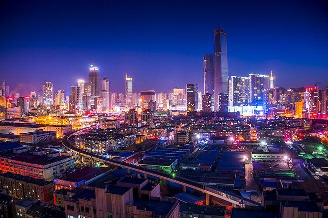 城市外景夜景