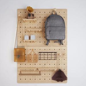 现代工具板 现代装饰架 工具板 书包 单肩包 毛掸子 小音箱
