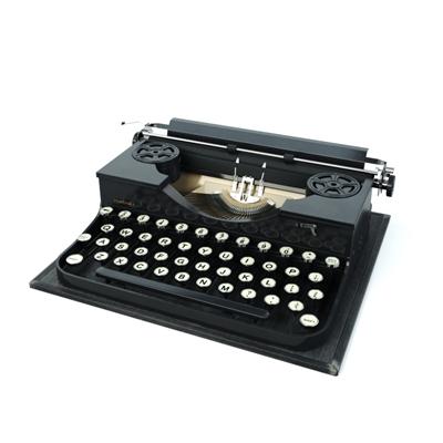黑色打字机
