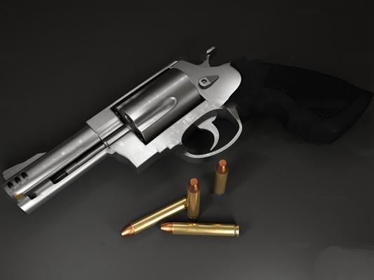 现代左轮手枪子弹3D模型
