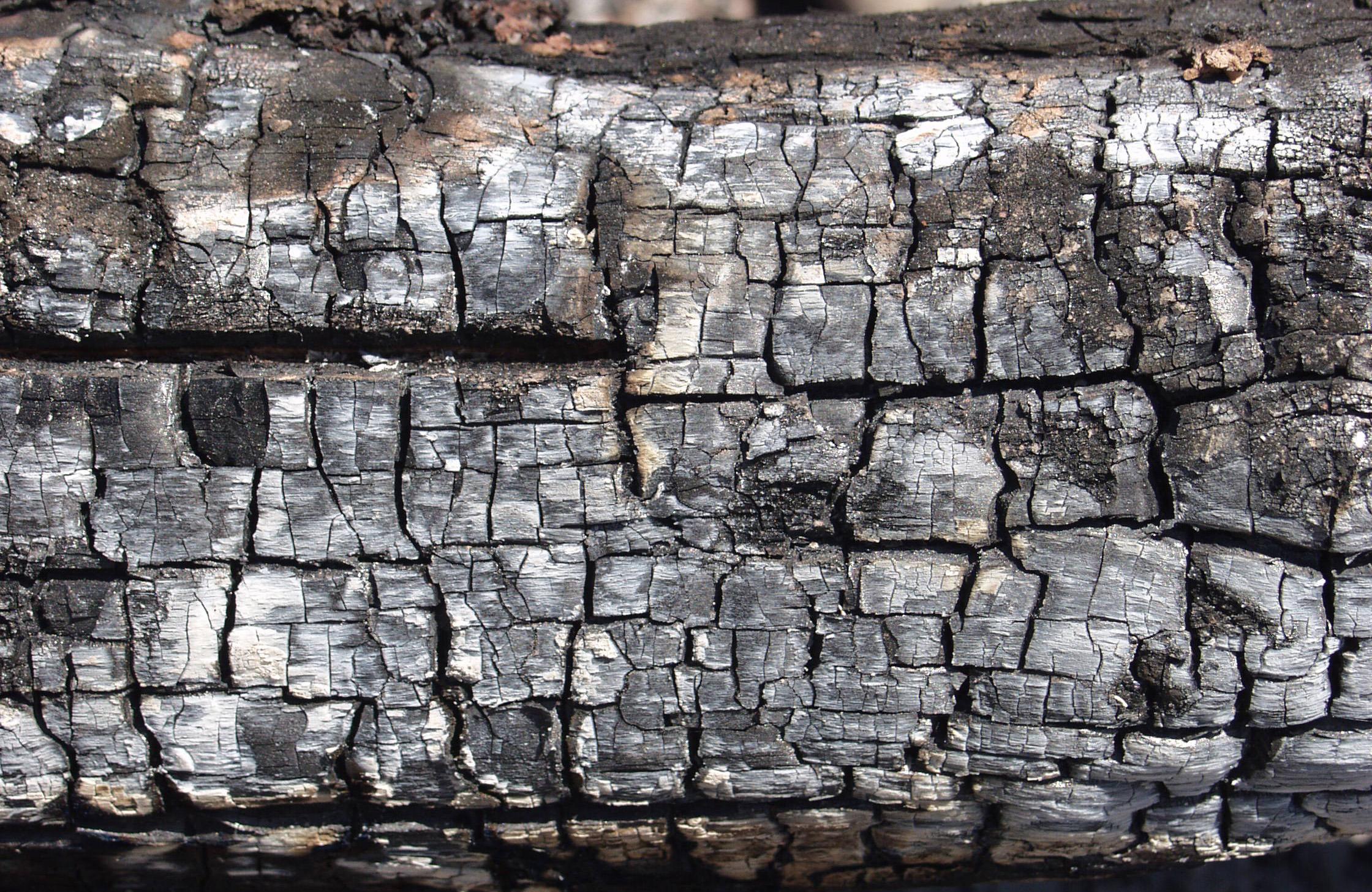木材-燃烧过的-木梁(38)