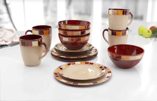 现代餐桌 餐具 盘子