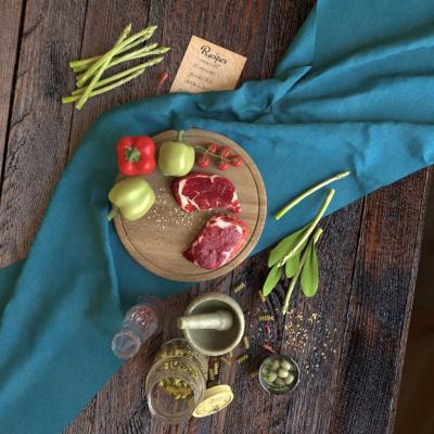 现代食物 牛排 菜板 蔬菜