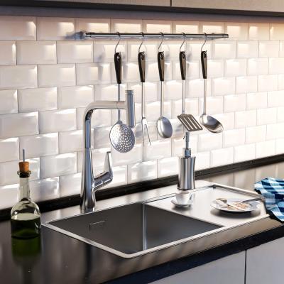 现代厨房用品 水槽 刀具 水龙头